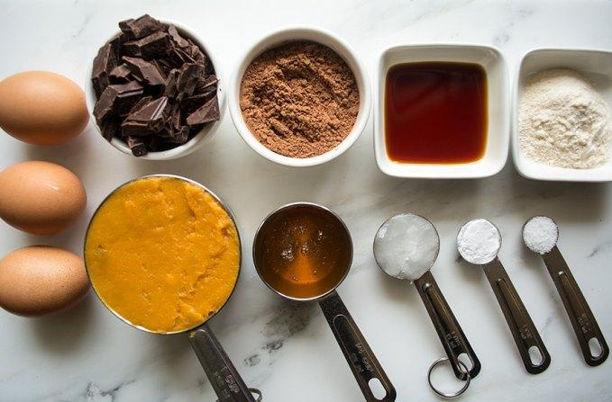 paleo-fudge-brownies_f_improf_680x448
