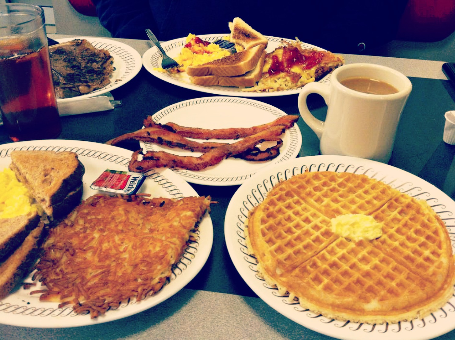 A Waffle House First Timer!