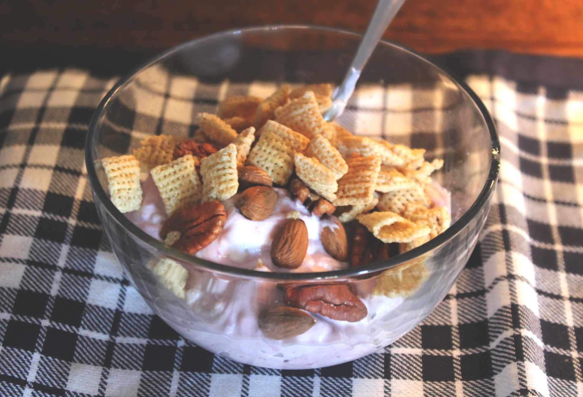 breakfast yogurt cereal nuts