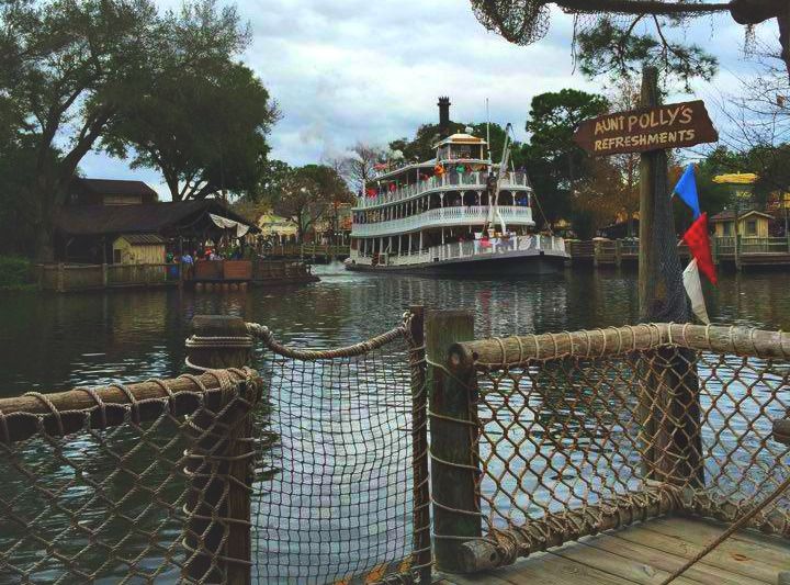 Disney World Magic Kingdom Tom Sawyer Island