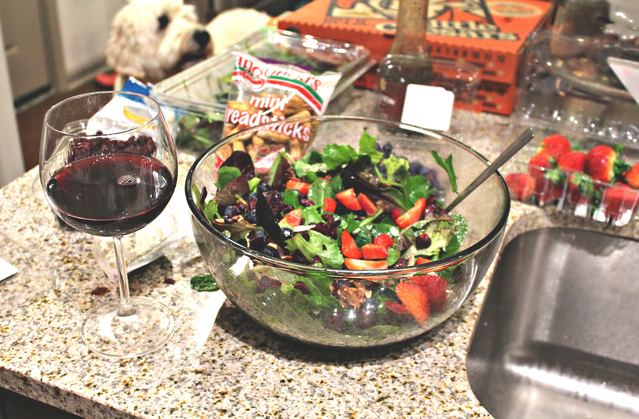 Fuit & Goat Cheese Salad: Berries, Balsamic, Pecans, & Goat Cheese!