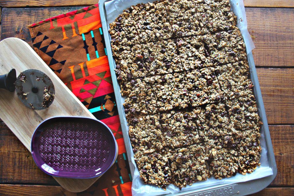 super healthy, super tasty, dark chocolate oat granola bars