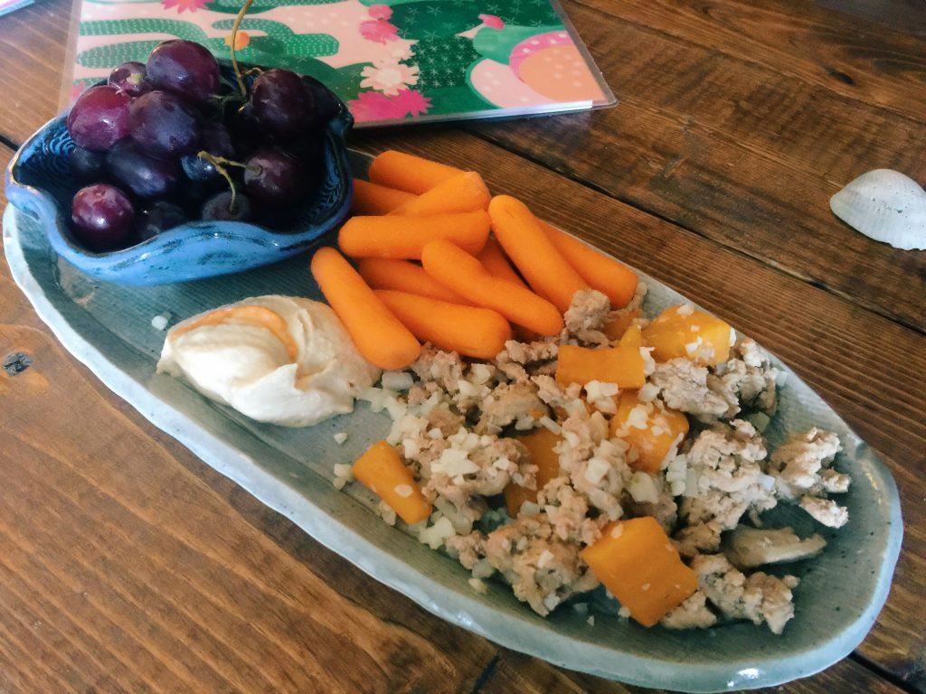 grapes, carrots, hummus, ground turkey, cauliflower rice, and butternut squash