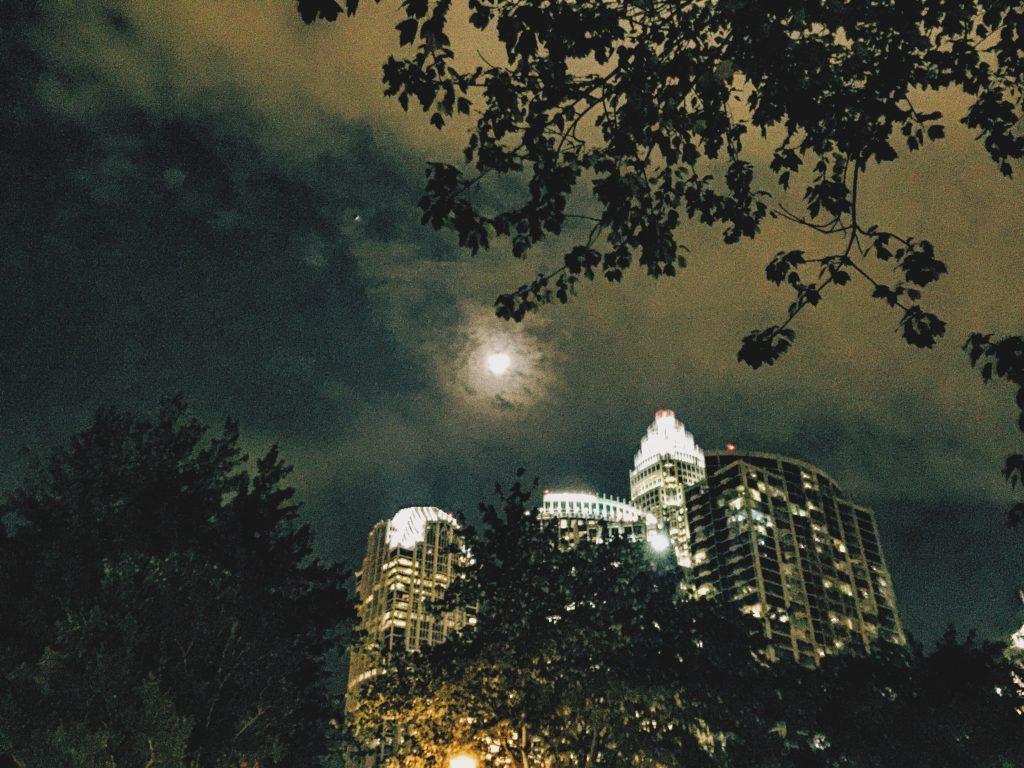 charlotte north Carolina moon