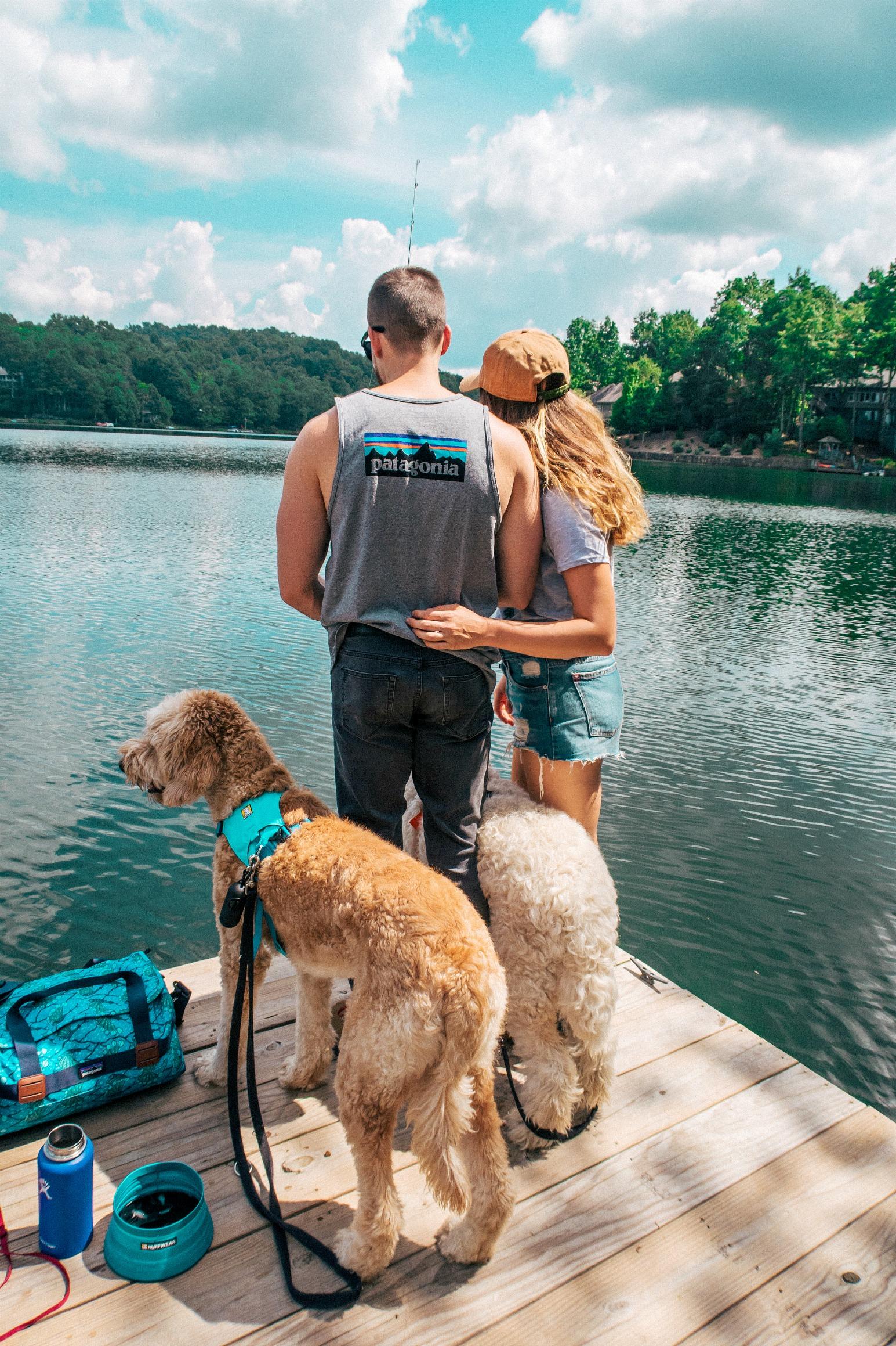 couples hiking, dogs, ruffwear, lake, mountain trip, hike, camp