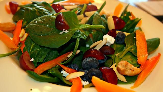 Light Vegetarian Spinach Feta Salad
