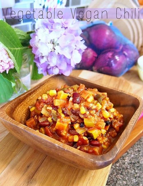 62 Calorie Vegan Crock Pot Vegetable Chili