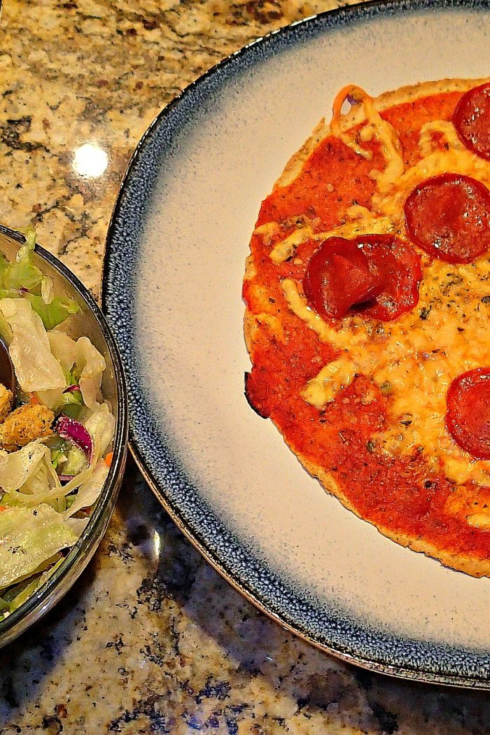 Low Cal/Low Carb Pizza Tortilla for Dinner!