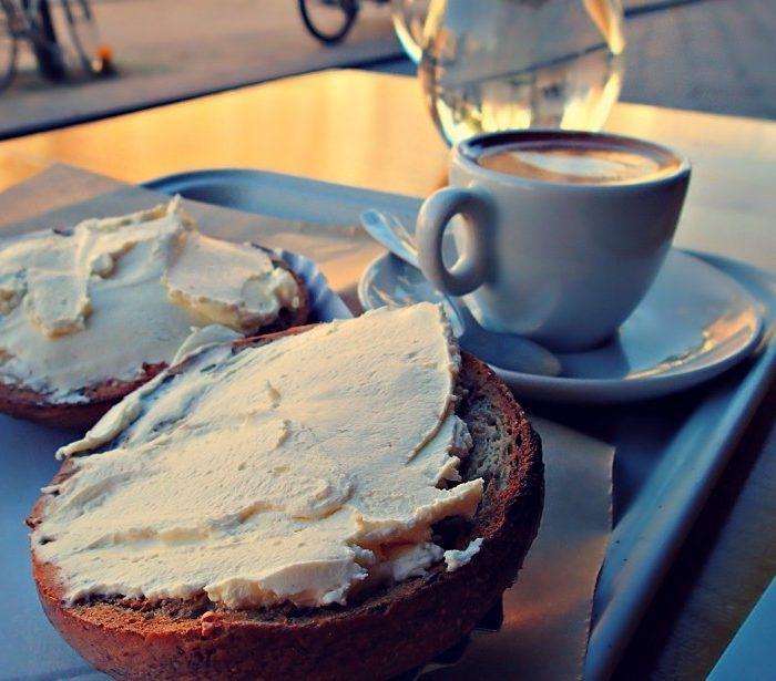 Bob's Bake Shop Paris: Bagels & Espresso