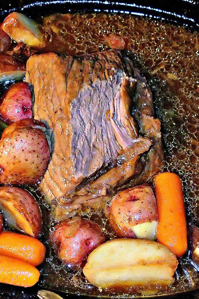 Crock Pot Beef Roast, Carrots & Potatoes!