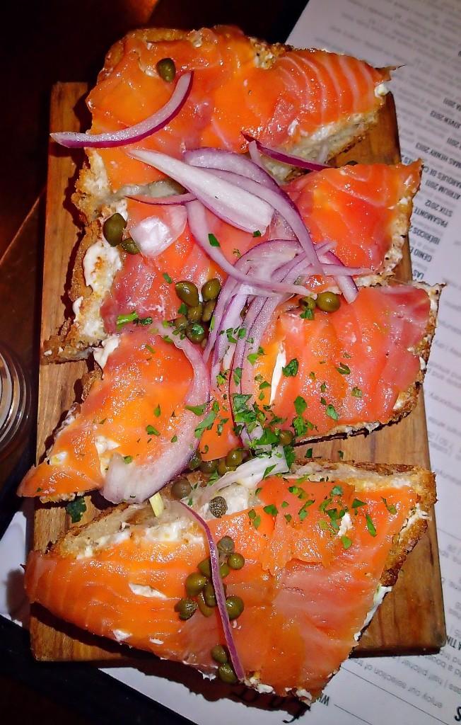 La Tasca Old Town Alexandria tabla de salmon