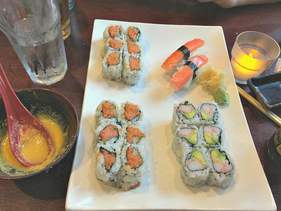 sushi tuna spicy roll yama