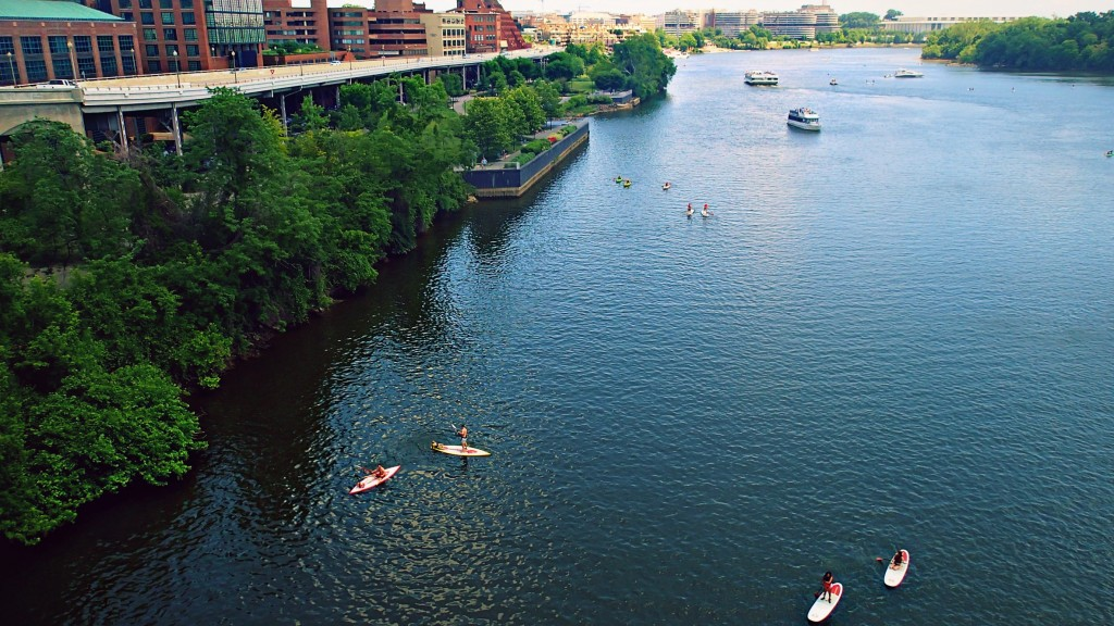 WASHINGTON D.C. PADDLE BOARD POTOMAC RIVER