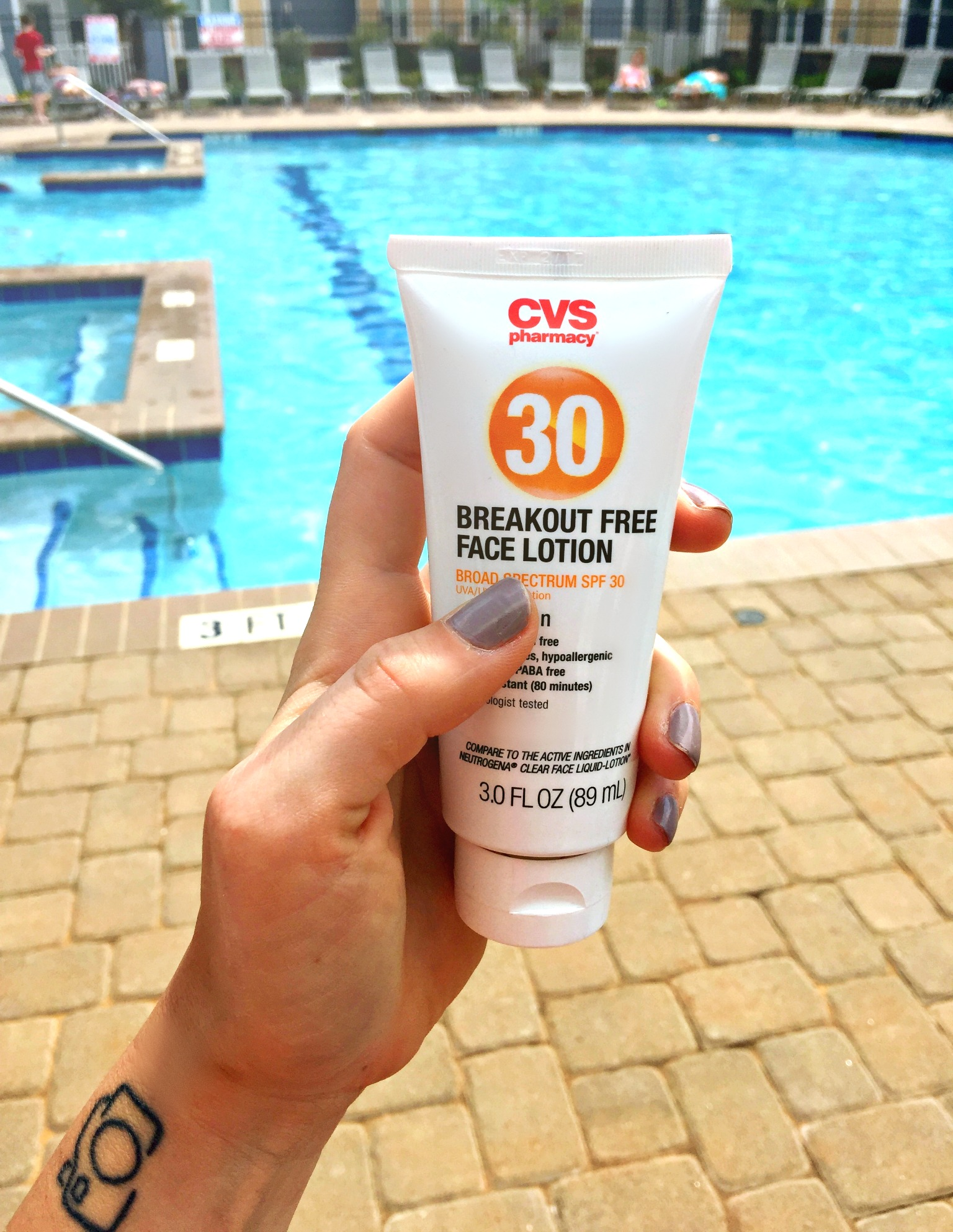 CVS BREAKOUT FREE FACE LOTION