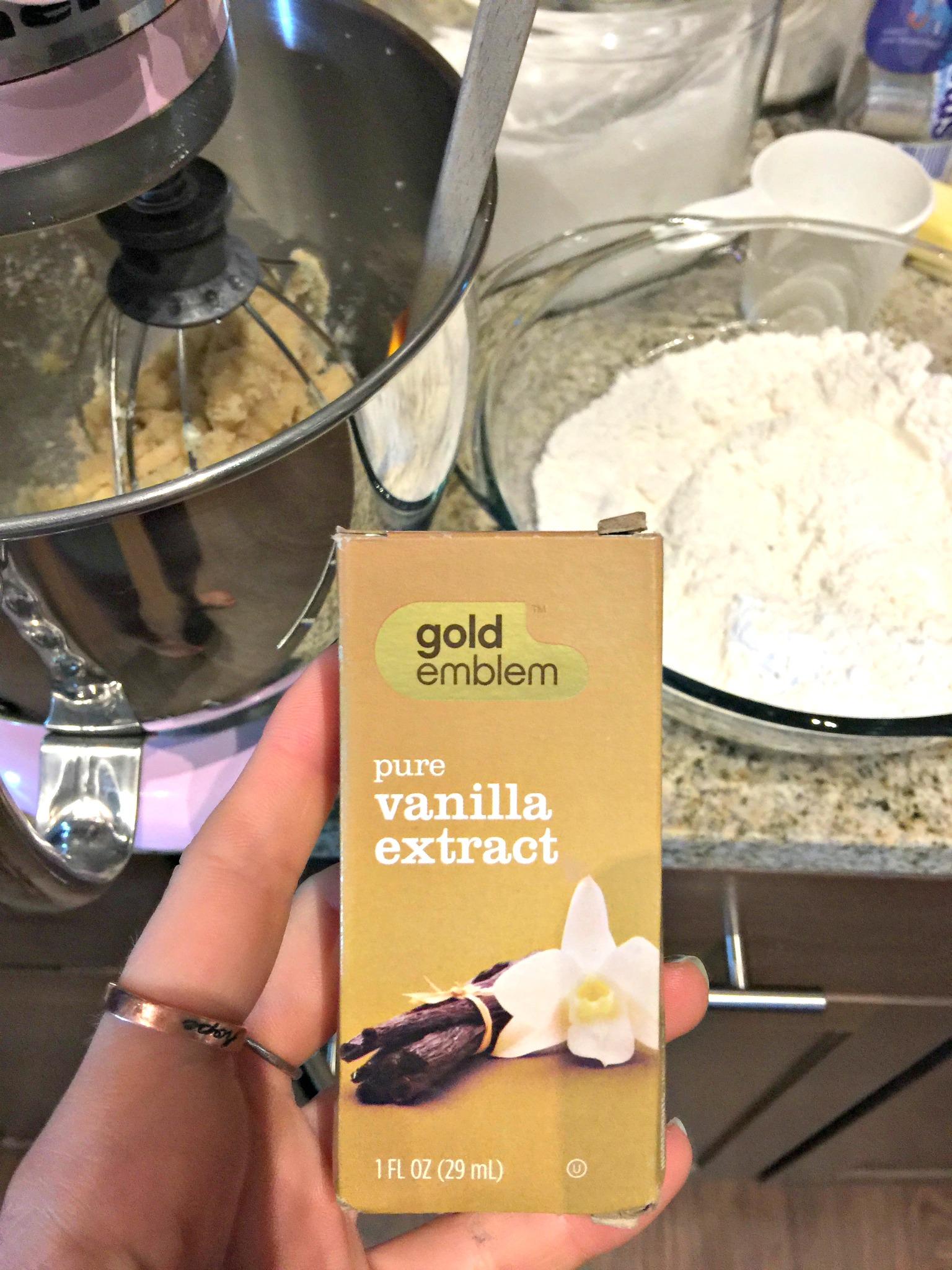 Pure Vanilla Extract: Baking Cookies CVS GOLD EMBLEM