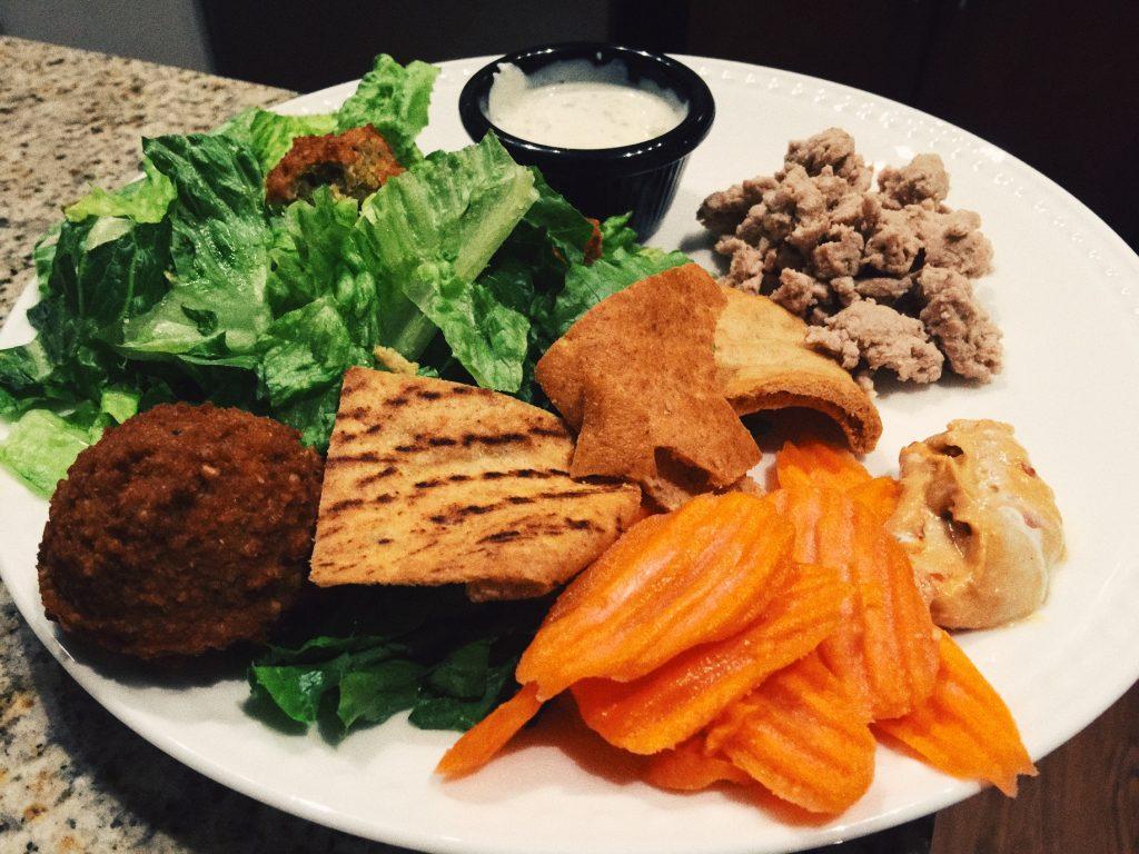 DINNER: WHOLE FOODS FALAFEL, SALAD, CARROTS, HUMMUS, TURKEY, GREEK YOGURT RANCH