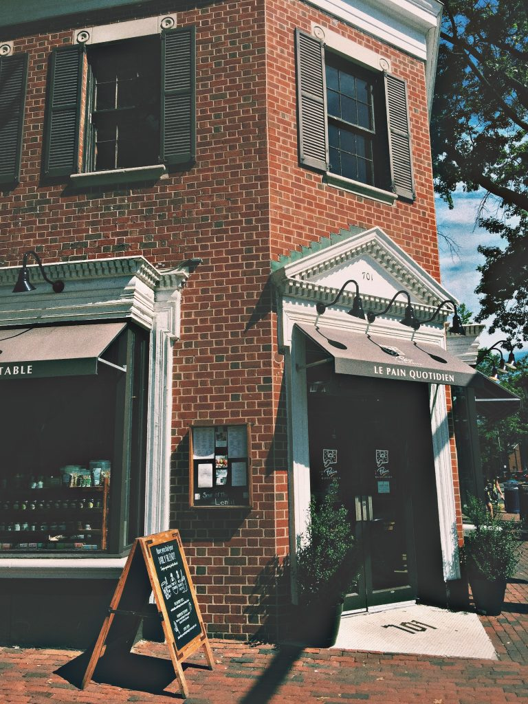 Le Pan Quotidien Alexandria Virginia with VSCO with c1 preset