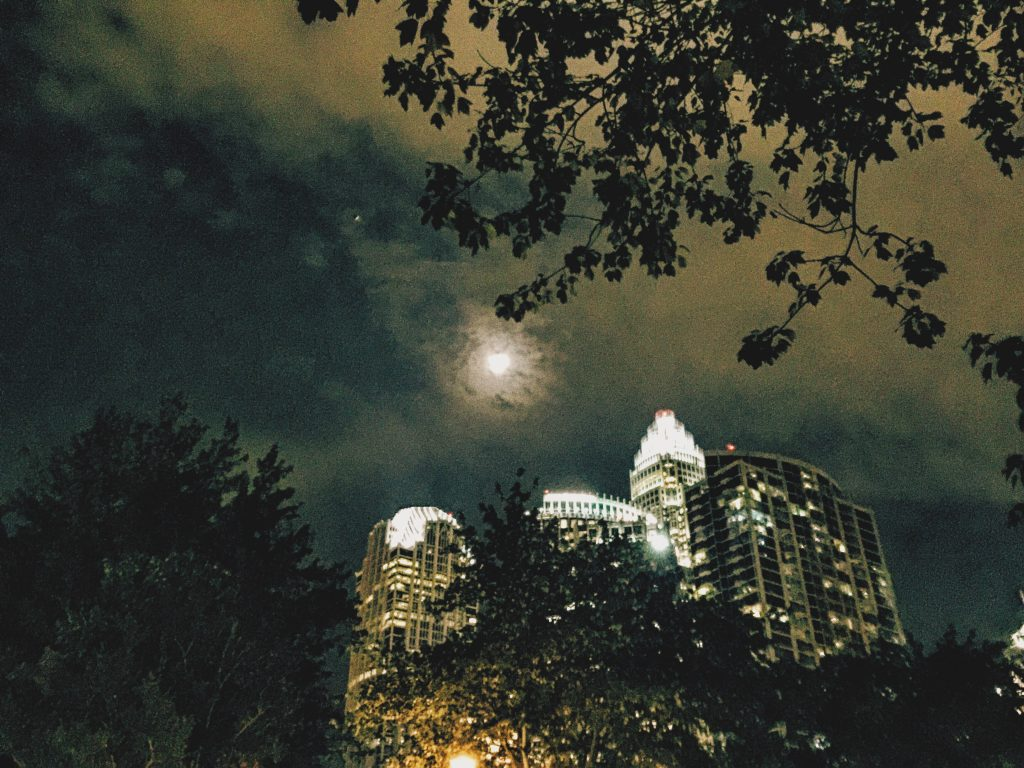 charlotte north Carolina moon