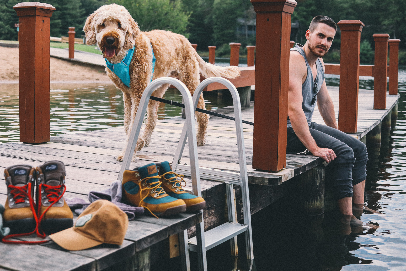 couples hiking, dogs, ruffwear, lake, mountain trip, hike, camp, fishing, Patagonia, back country, hiking boots