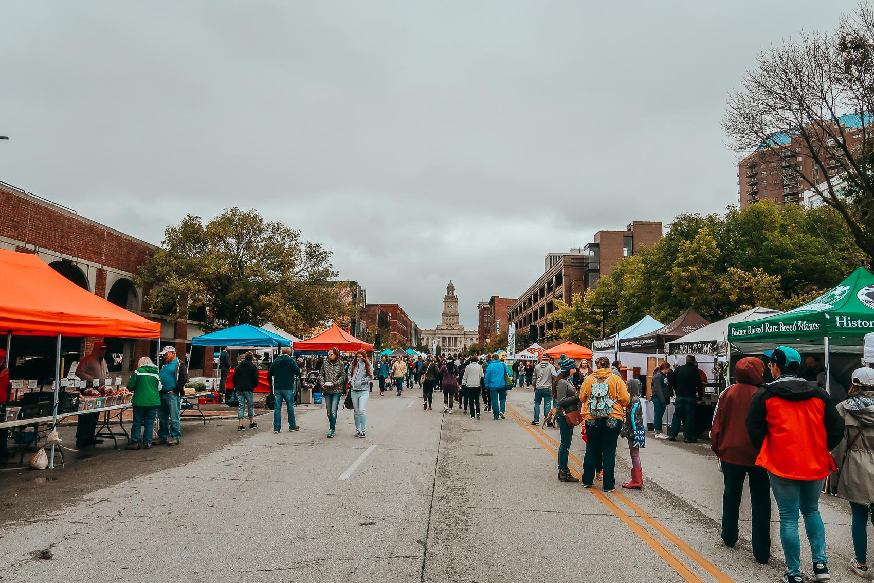 Des Moines Iowa Farmer's Market Downtown