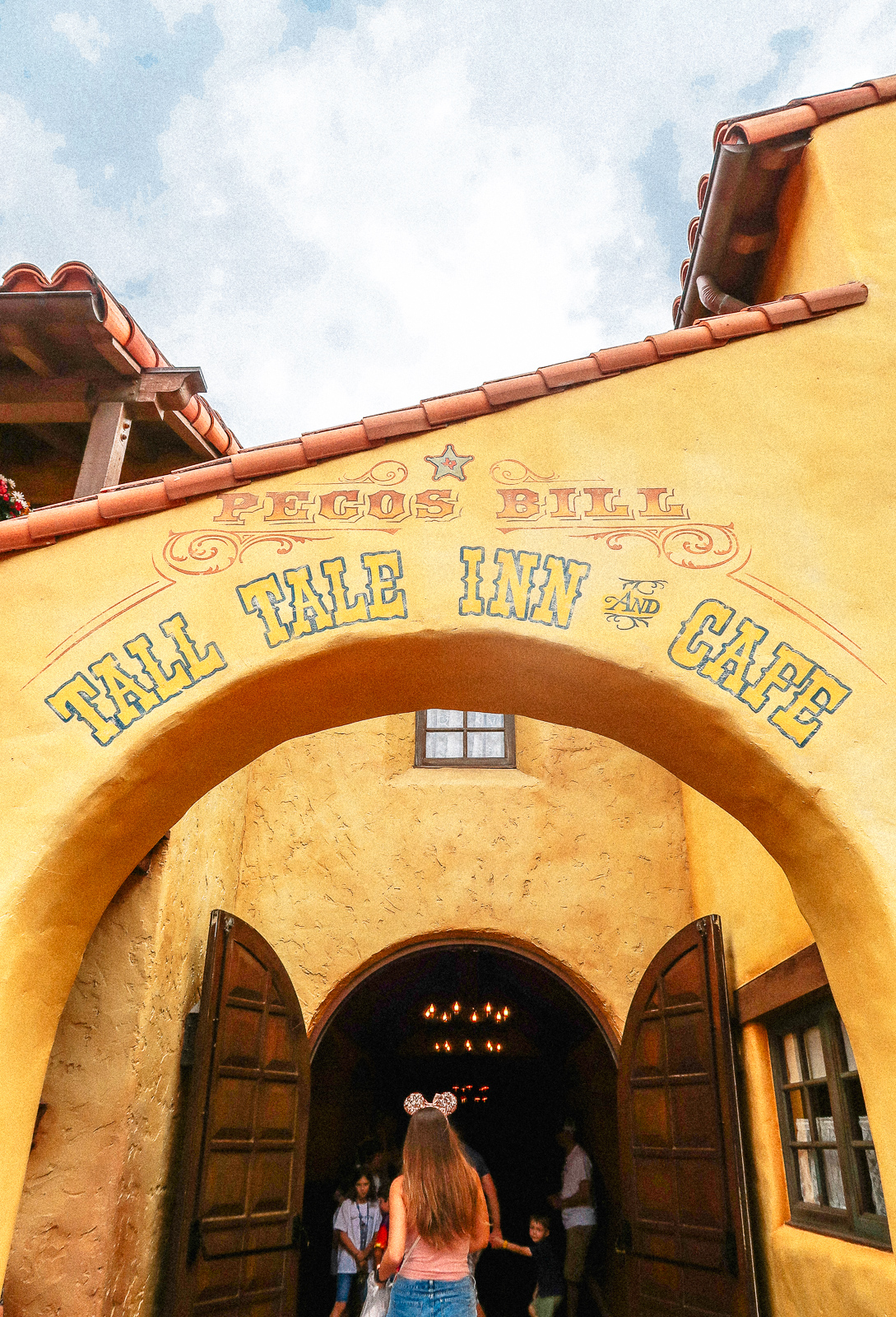 Tall Tale Inn And Cafe Pecos Bill Disney Magic Kingdom Food