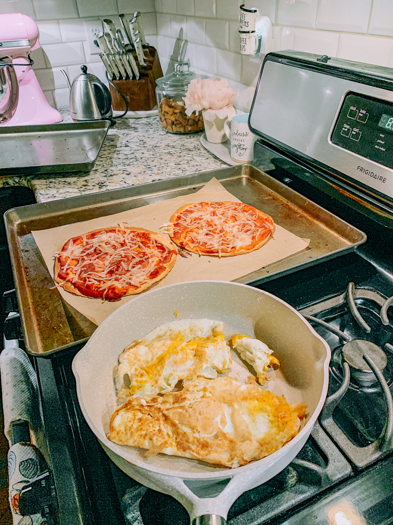 pizza tortillas low carb gluten free eggs healthy foodie quick dinner low carb gluten free dairy free day vegan cheese