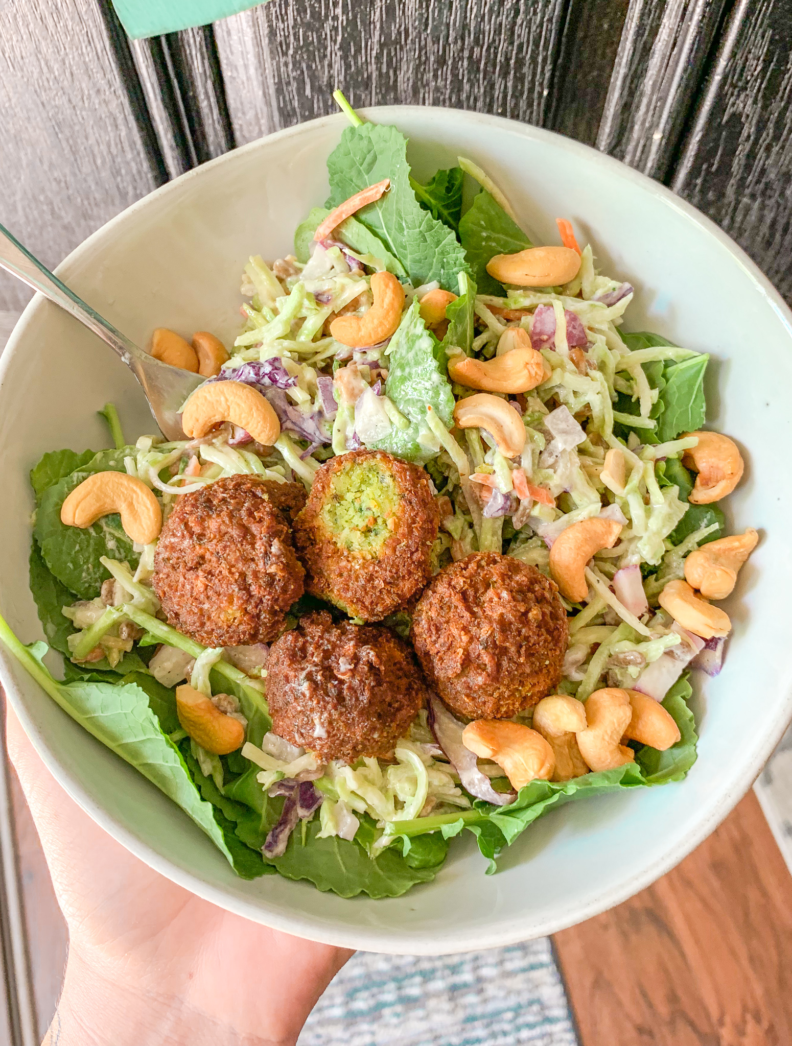 healthy dinner falafel salad Whole Foods healthy slaw cashews baby kale delicious food dinner gluten free dairy free low calorie healthy eating diet