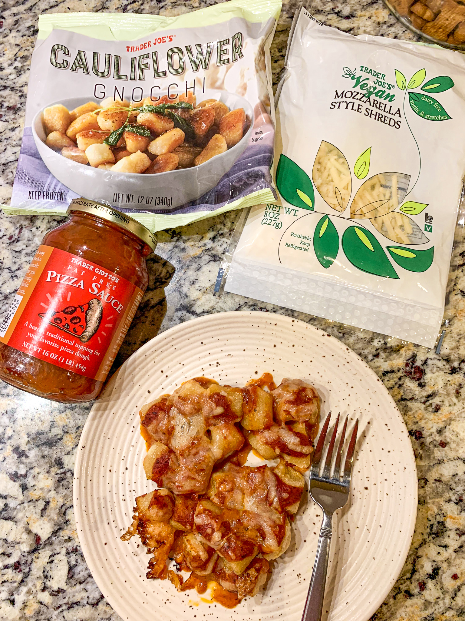 cauliflower gnocchi, pizza sauce, vegan, trader joes, gluten free, pizza sauce, dairy free vegetarian healthy easy three ingredient