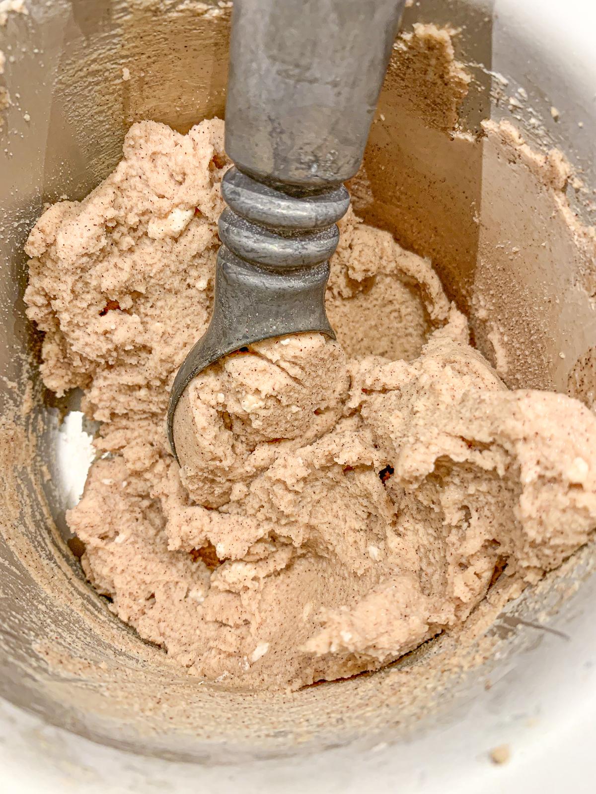 cinnamon roll, snickerdoodle, ice cream, vegan, dairy free, plant based, homemade, dessert, healthy ice cream,