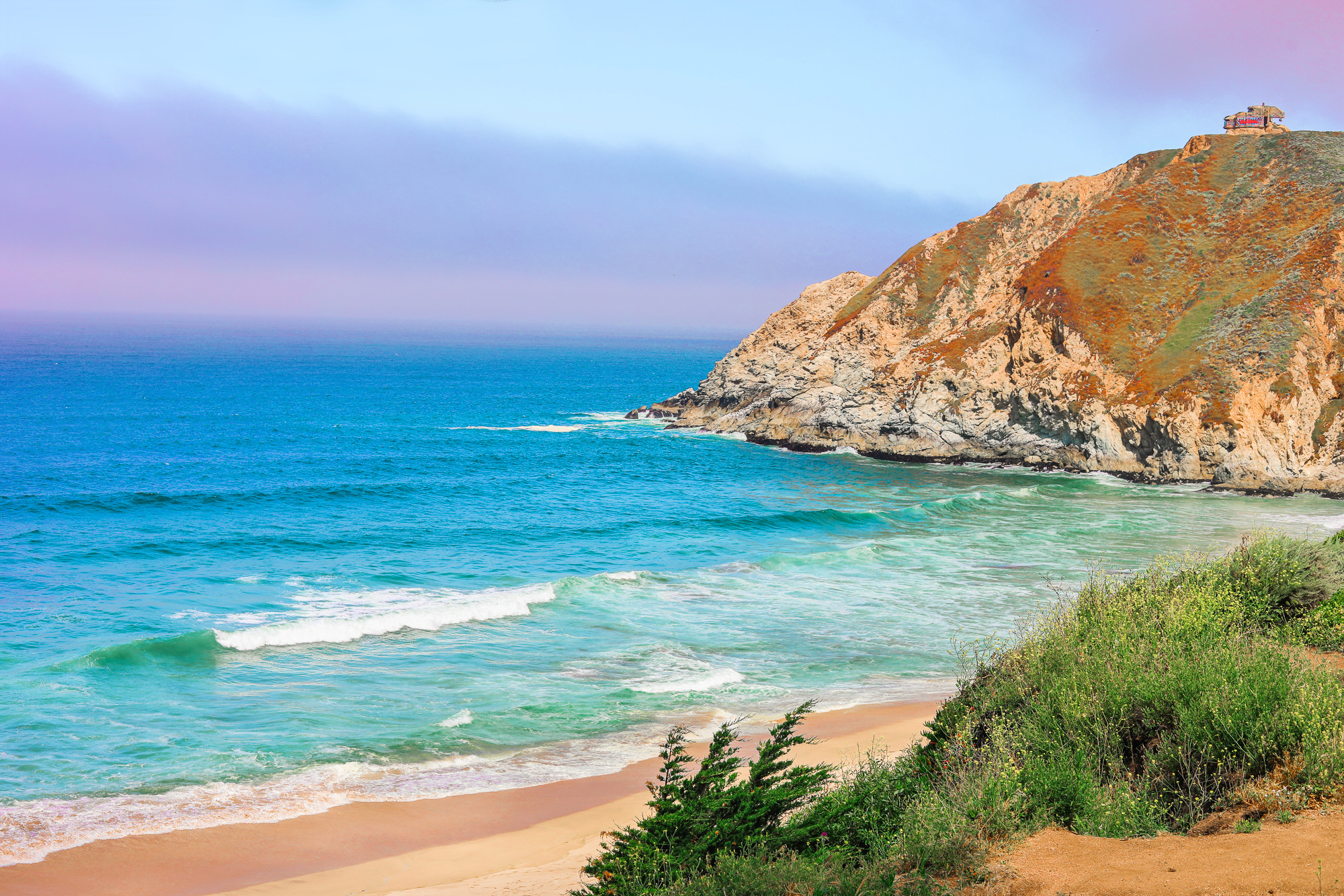 pacific coast highway, summer travel, road trip, itinerary , California coast, grey whale cove, the coast of California road trip guide, travel, summer, san fransico, fun, summer trip, blogging, highway one, traveling the coast of cali, ocean, pacific, mountains, photography,