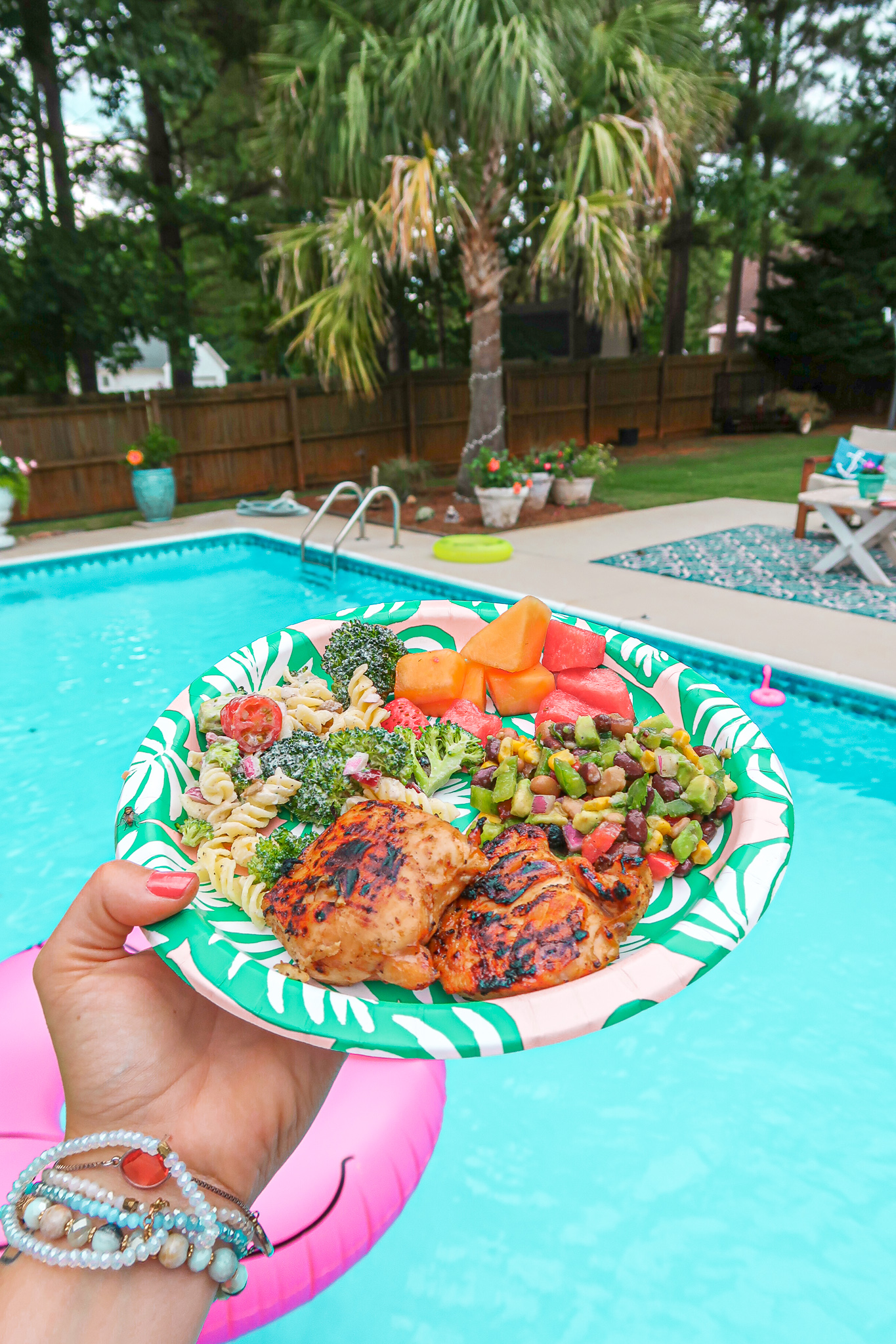 4th of July, party food, summer food, bbq, backyard, celebration, food, lifestyle, salads, salsa, dairy free, gluten free, delicious
