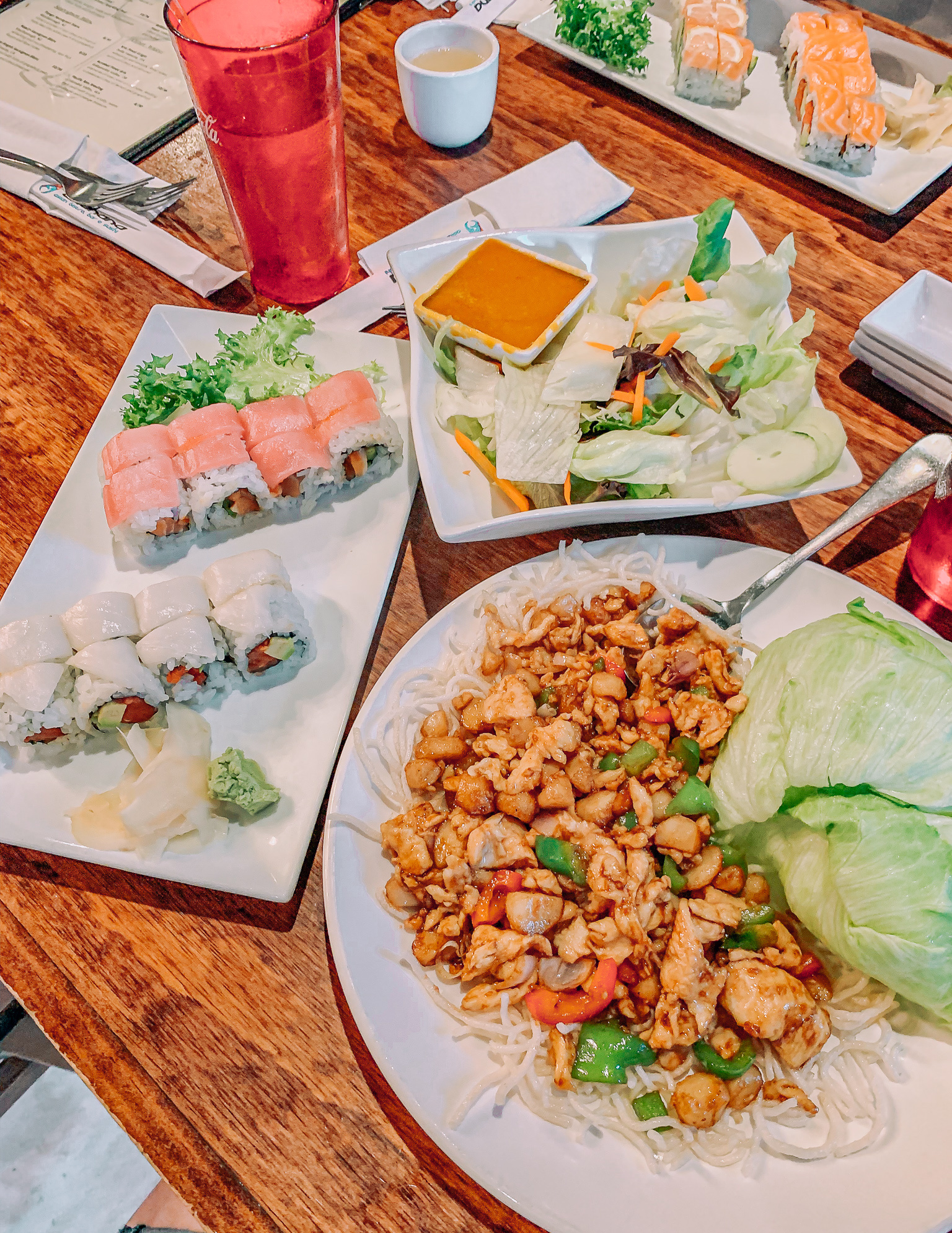 akahana, fort mill, chicken lettuce wraps, sushi, gluten free, dairy free, dining out, Charlotte nc movies and sushi date night