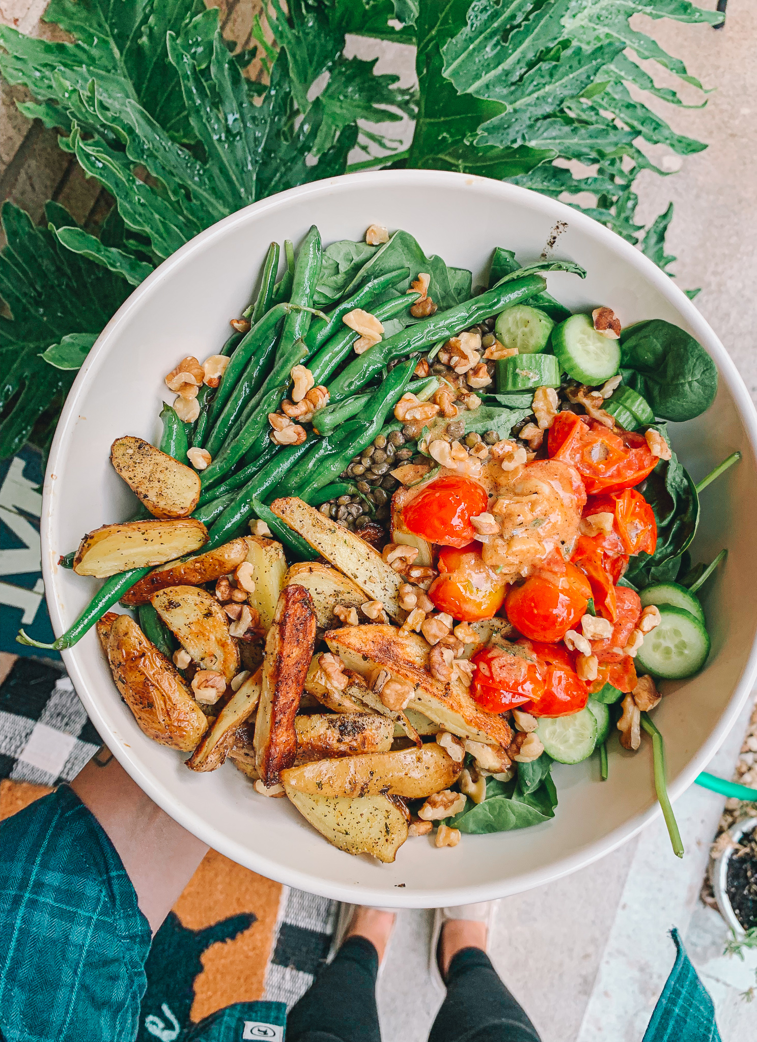 purple carrot, vegan, dairy free, gluten free, plant based, vegetarian, dinner night, tomatoes, green beans, roasted fingerling potatoes, honey mustard dressing, how to cook, purple carrot meal plan real review, spinach salad
