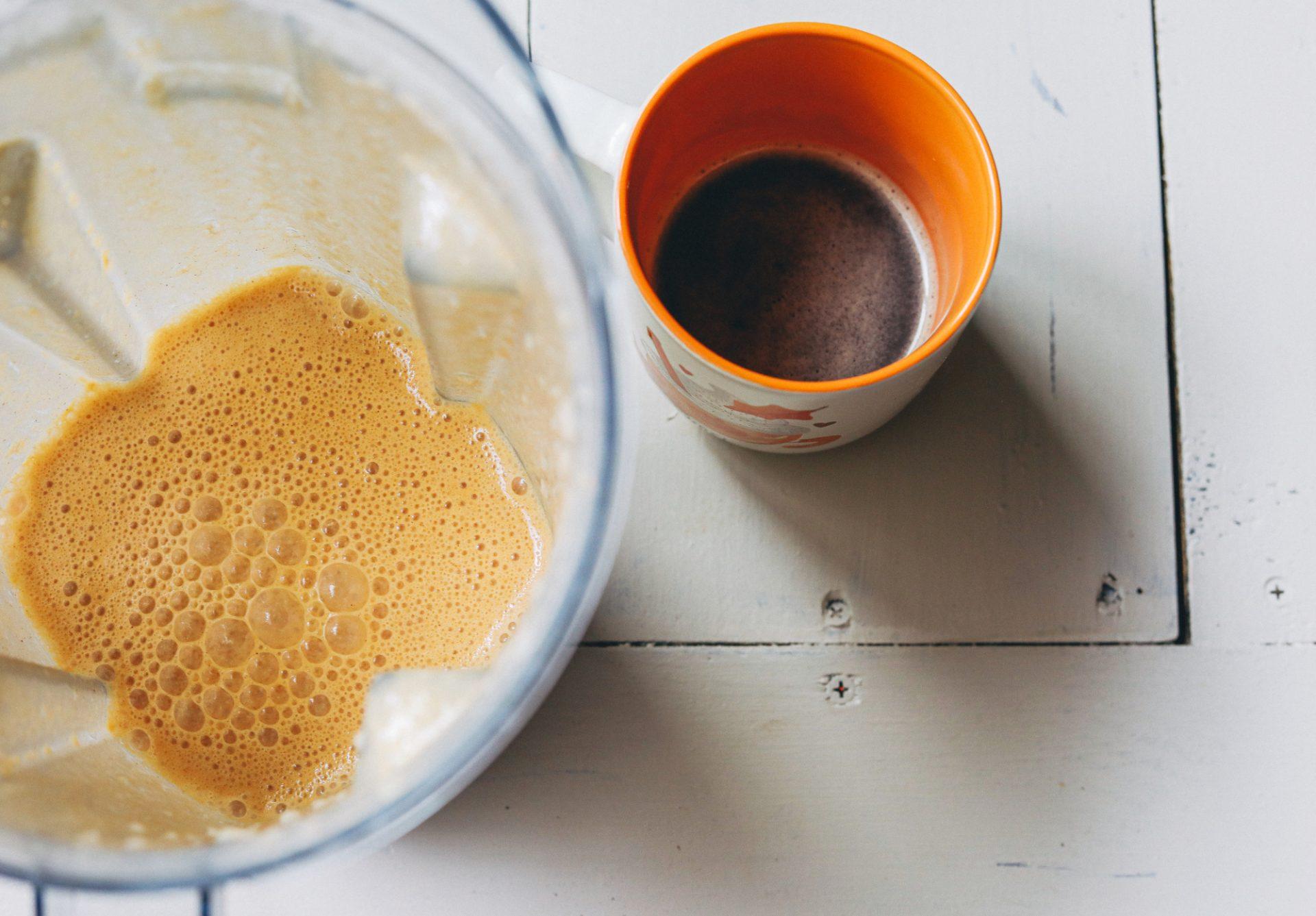 healthy Starbucks drink, pumpkin spiced latte, pumpkin, pumpkin spiced latte, no added sugar, dairy free, vegan, gluten free, healthy, whole20, paleo, fall, autumn, coffee,