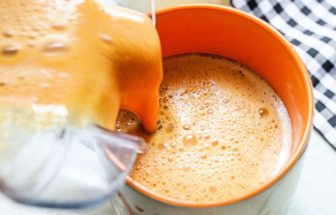 healthy Starbucks drink, pumpkin spiced latte, pumpkin, pumpkin spiced latte, no added sugar, dairy free, vegan, gluten free, healthy, whole20, paleo, fall, autumn, coffee,