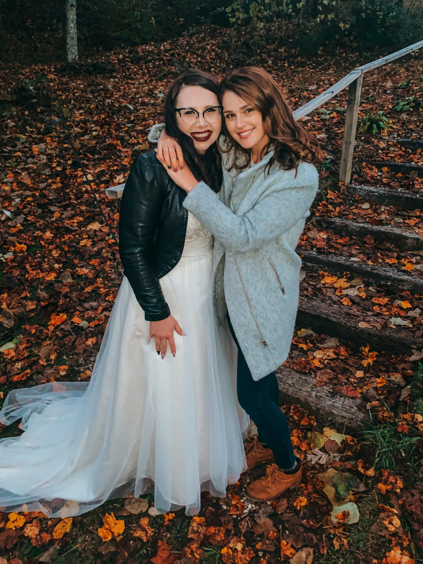 wedding, brevard, Pisgah forest, best friend, wedding, Beccas wedding, bed and breakfast, fall, halloween, weekend, life, fun, cookies, cookie cake, decor