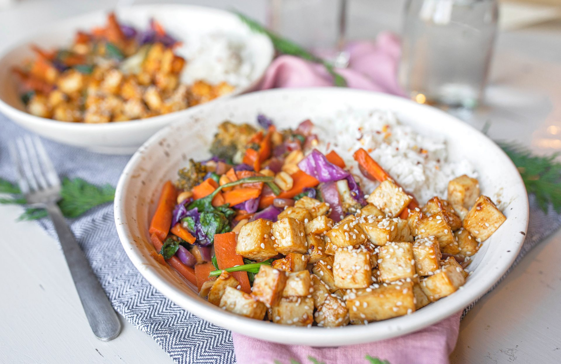 pad Thai rice bowls, gluten free, dinner, vegan, tofu, nuts, broccoli , delicious dinner, 30 minute dinner, vegetables, protein, sesame, sky valley, pad Thai, delicious