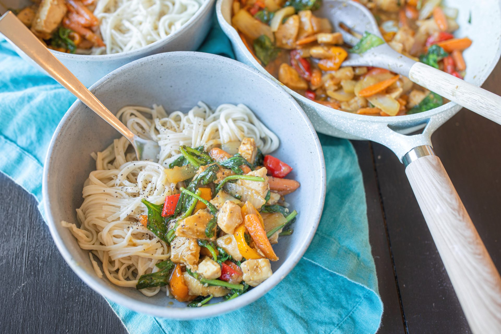 Chicken and vegetable stir fry, gluten free, dairy free, dinner, recipe, low carb, rice noodles, cooking foodChicken and vegetable stir fry, gluten free, dairy free, dinner, recipe, low carb, rice noodles, cooking food