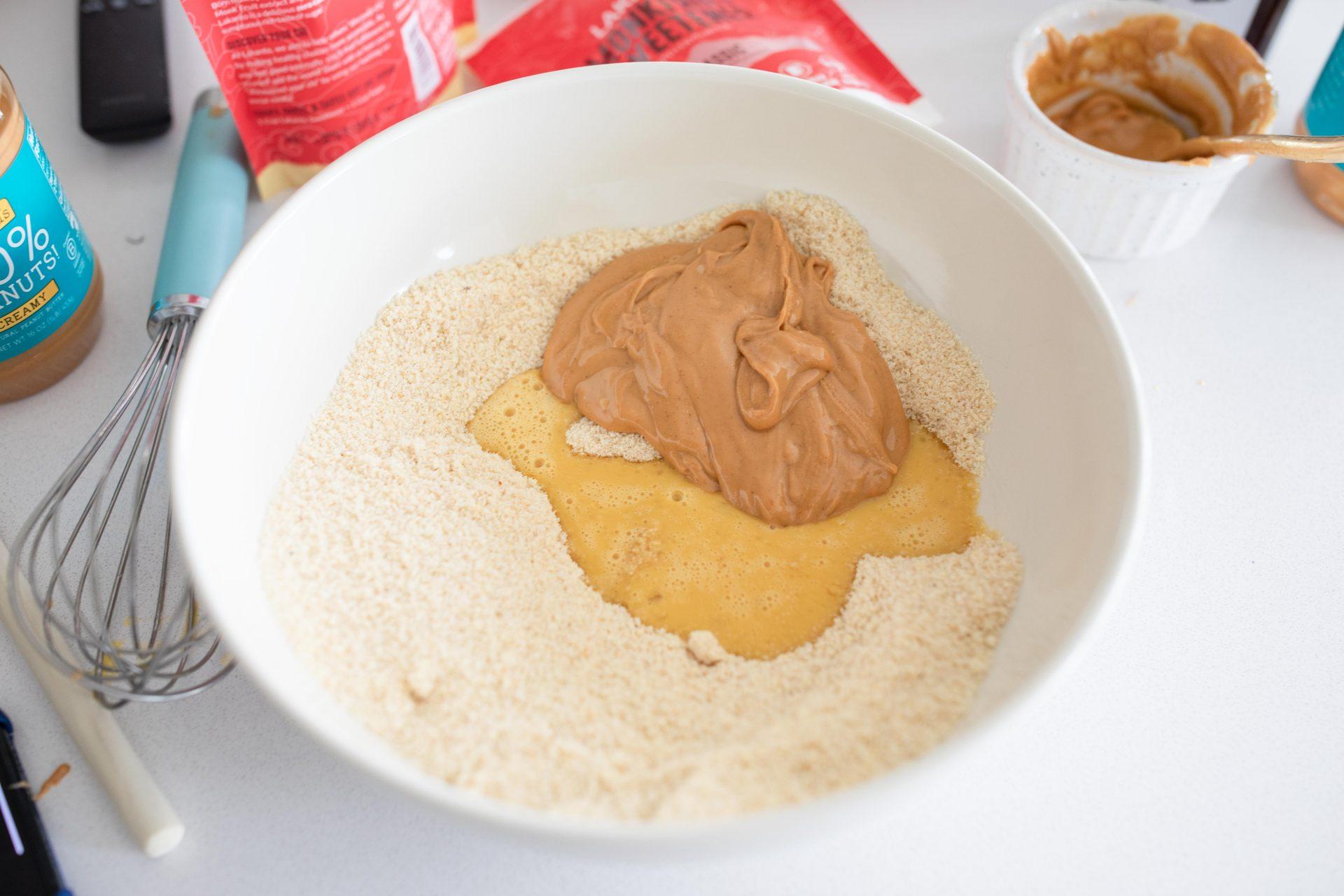 peanut butter cookies, healthy, keto, pb cookies, low carb, low carb cookies, peanut butter dessert, keto, diabetic-friendly, gluten-free, dairy-free, keto diet, healthy snack, sugar free, no added sugar