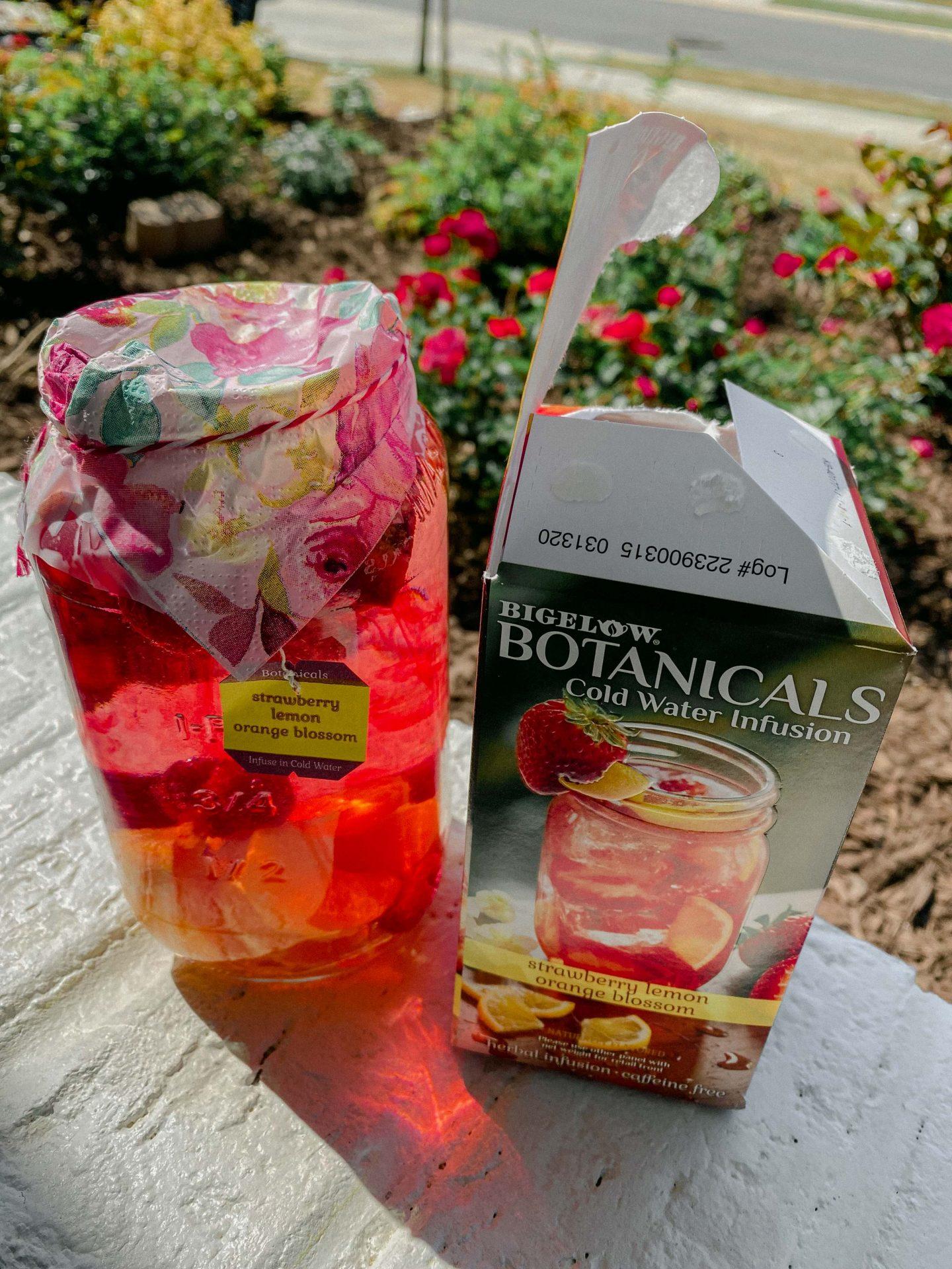 botanical lemon strawberry tea, brewing, fresh tea, better than Starbucks, healthy drinking, summer, southern, tea
