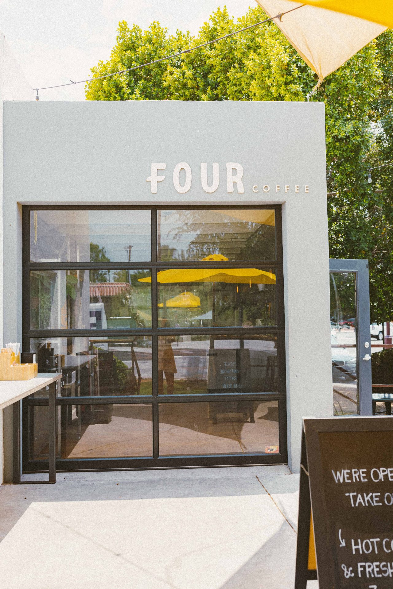 fourtilfour, coffee shops, best coffee shops in scottsdale Arizona, scottsdale Arizona travel guide, blog, blogger scottsdale, coffee, matcha, where to get coffee, old town scottsdale, ultimate guide