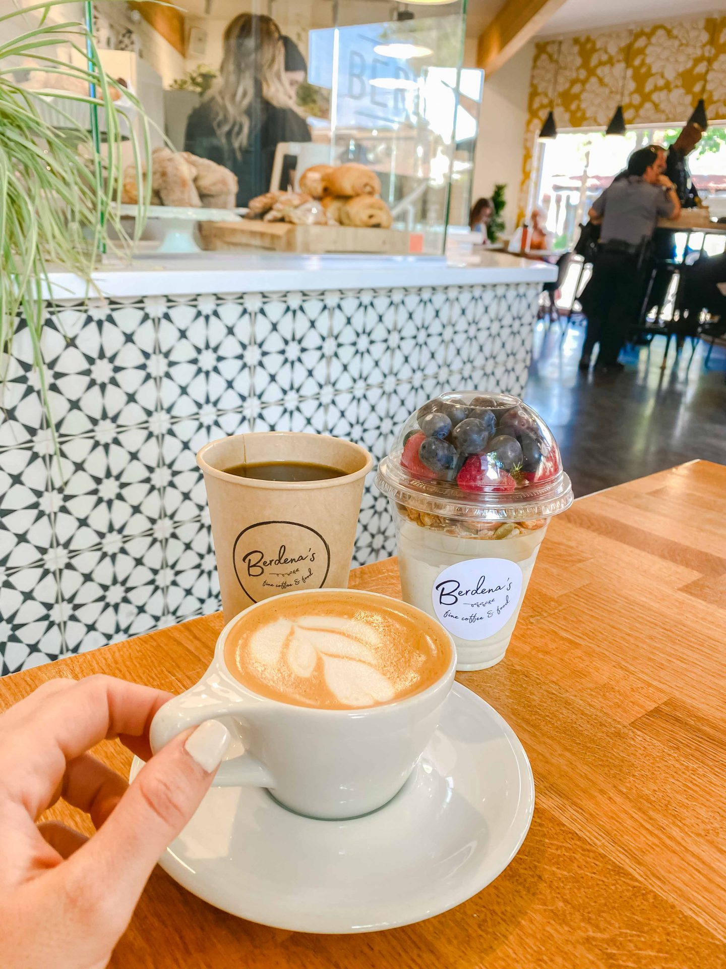 Best coffee shops in Scottsdale Arizona, Berdenas, Ultimate guide to scottsdale Arizona, travel blog, scottsdale travel, blogger, what to eat in scottsdale, what to do in scottsdale, coffee shop vibes, honeymoon, oat milk latte, yogurt parfait, old town scottsdale