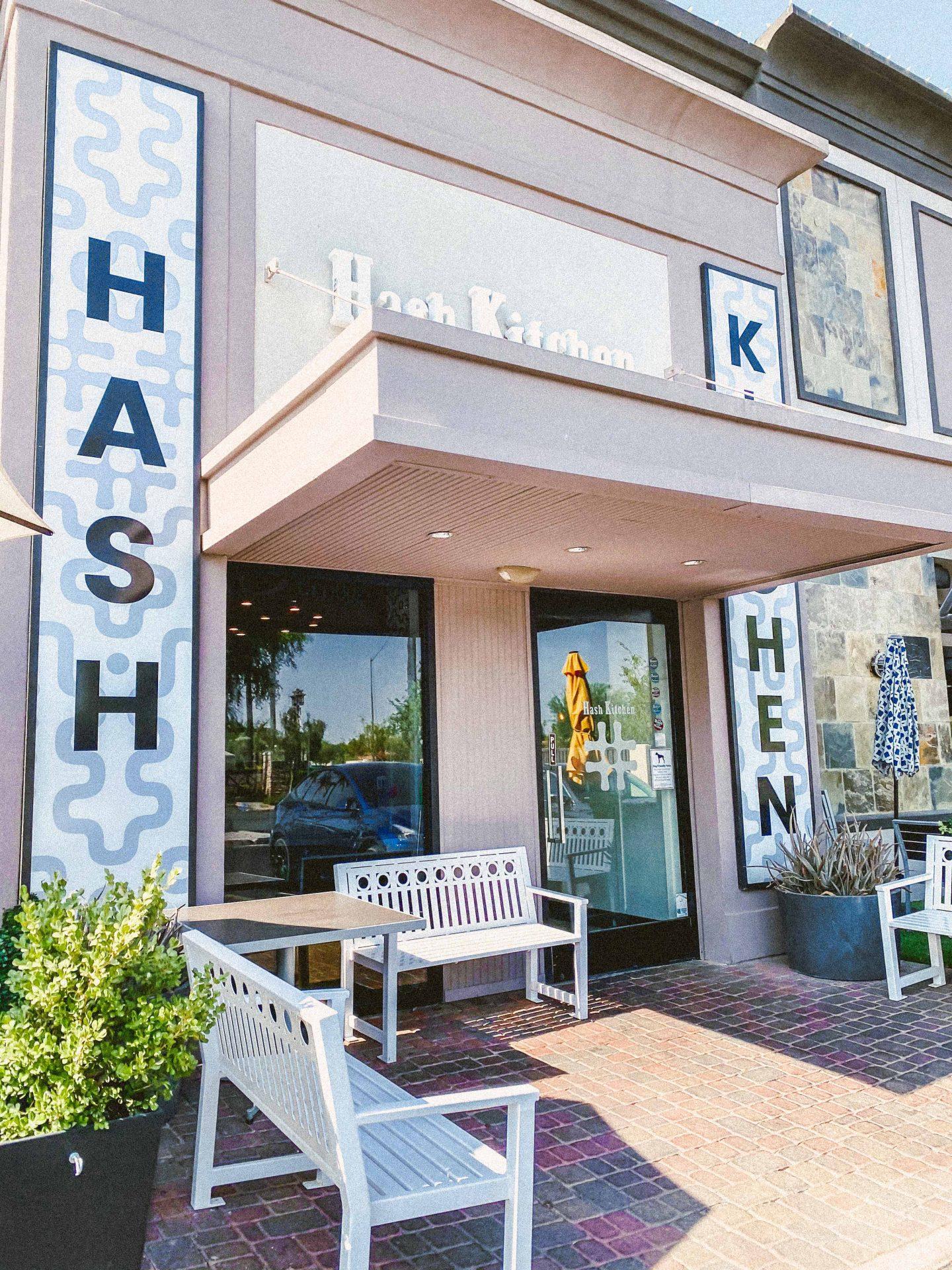 hash kitchen scottsdale Arizona, best brunch spots scottsdale, where to eat scottsdale, cannoli donuts, açaí bowls, healthy breakfast, gluten free, where to eat, scottsdale travel Guide, best of scottsdale, scottsdale experience, what to do in scottsdale, travel blogger