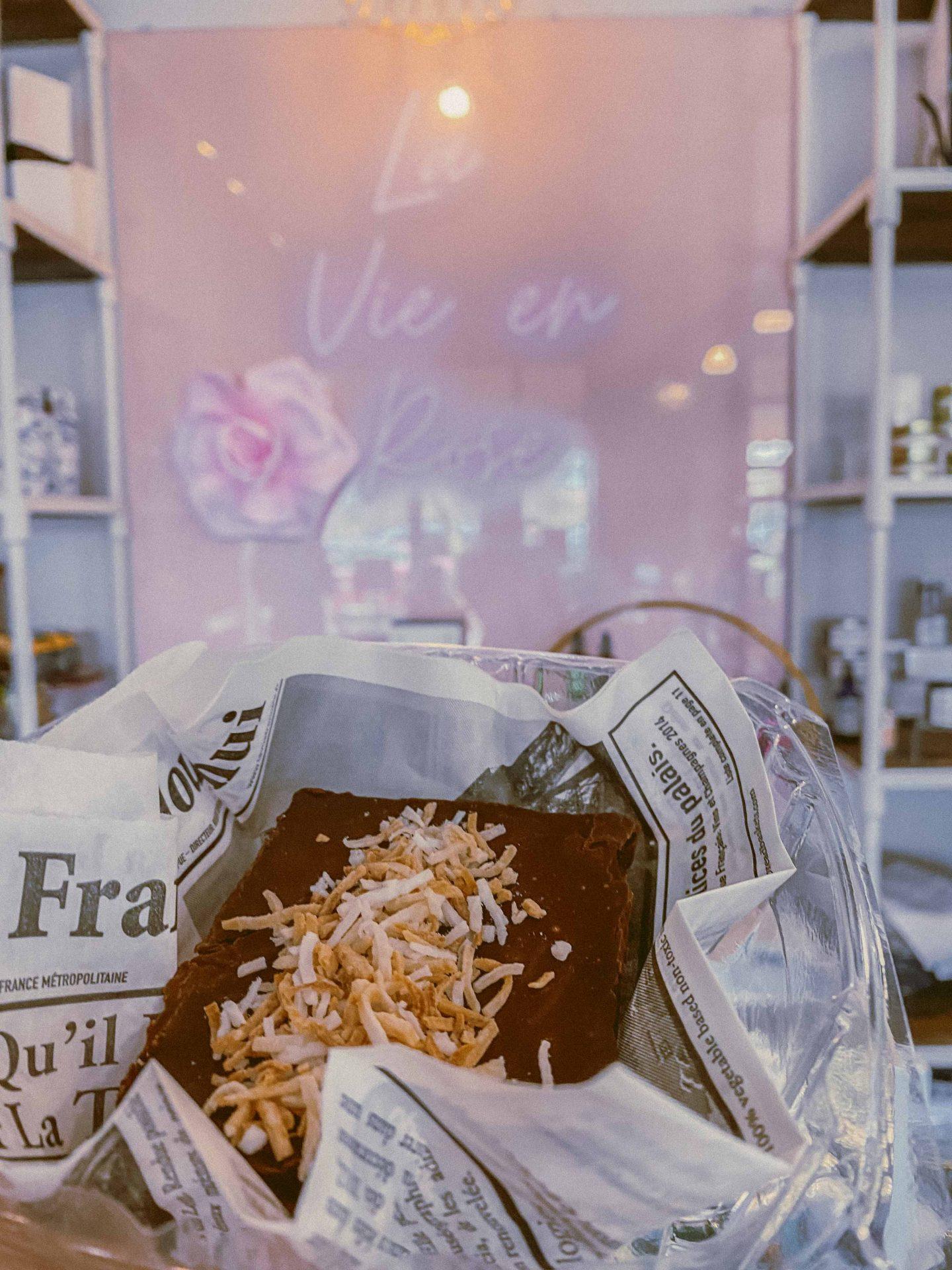 Sweet Dees Bake Shop, Best Bakery Scottsdale Arizona, Coffee Shop Scottsdale Arizona, Travel guide to scottsdale Arizona, ultimate guide, where to eat scottsdale, travel blogger Arizona, gluten free bakery scottsdale, vegan bakery scottsdale, where to go scottsdale