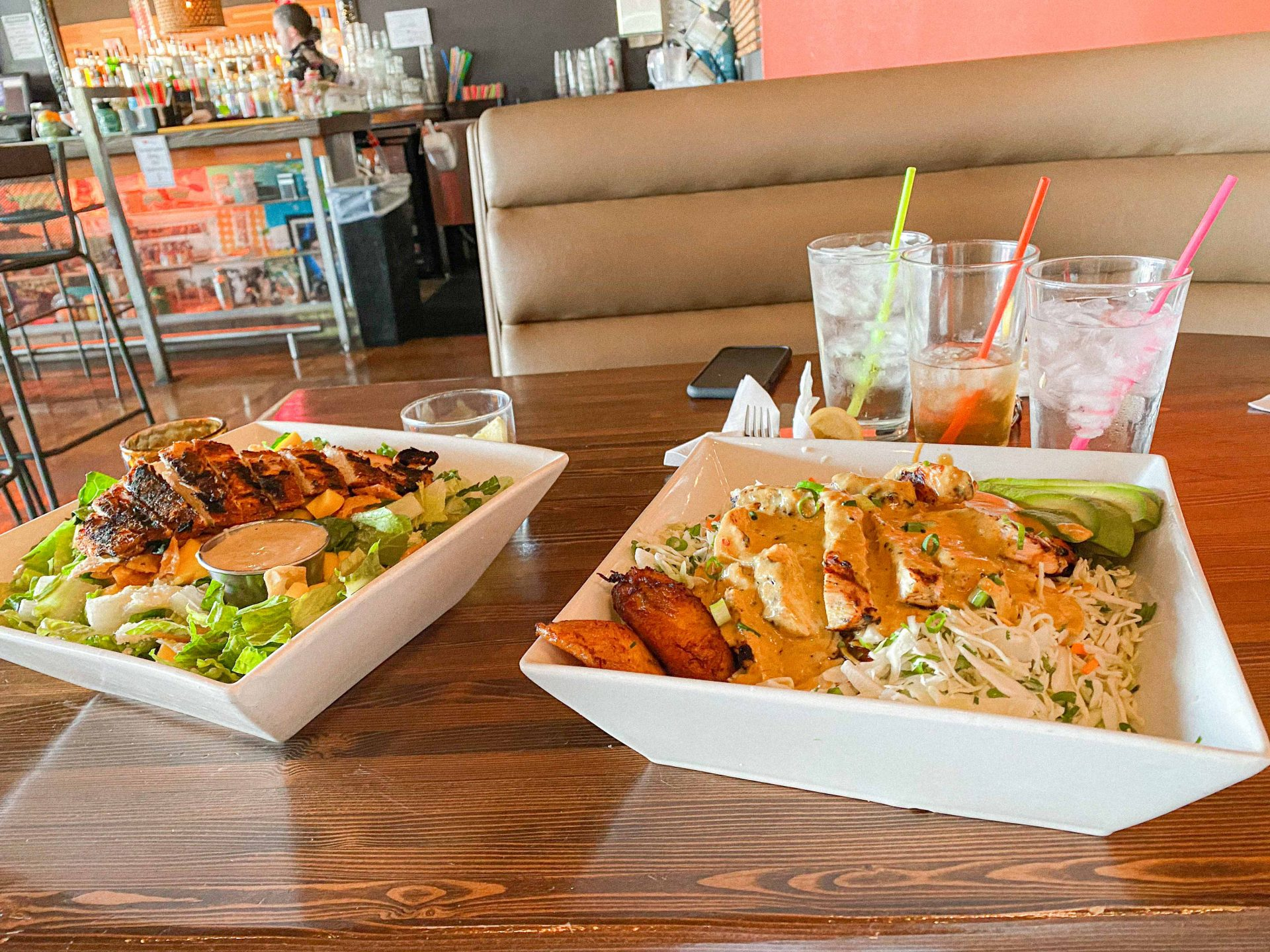 hulas modern tiki bar, Thai bowl, cabbage, Thai sauce, best place to eat in scottsdale, brunch, lunch, the best food in scottsdale Arizona, delicious meals, blog, travel guide to scottsdale
