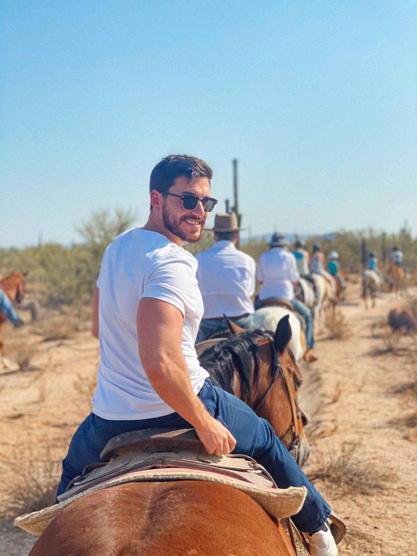 Travel guide scottsdale Arizona, what to do in scottsdale, horseback riding scottsdale, Macdonald ranch, desert, travel guide, traveling scottsdale, ultimate travel blog, scottsdale, sunrise horseback riding, phoenix, travel blogger, best spots in scottsdale, planning a trip to scottsdale, honeymoon