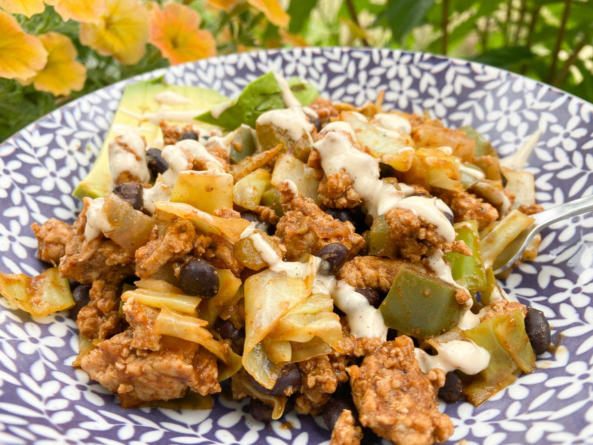 go to dinner, eating healthy after a trip, gluten-free, dairy-free, protein, healthy bowl, chipotle copy cat, ground turkey, siiete, black beans, turkey, the best dinner, weight loss meal, food