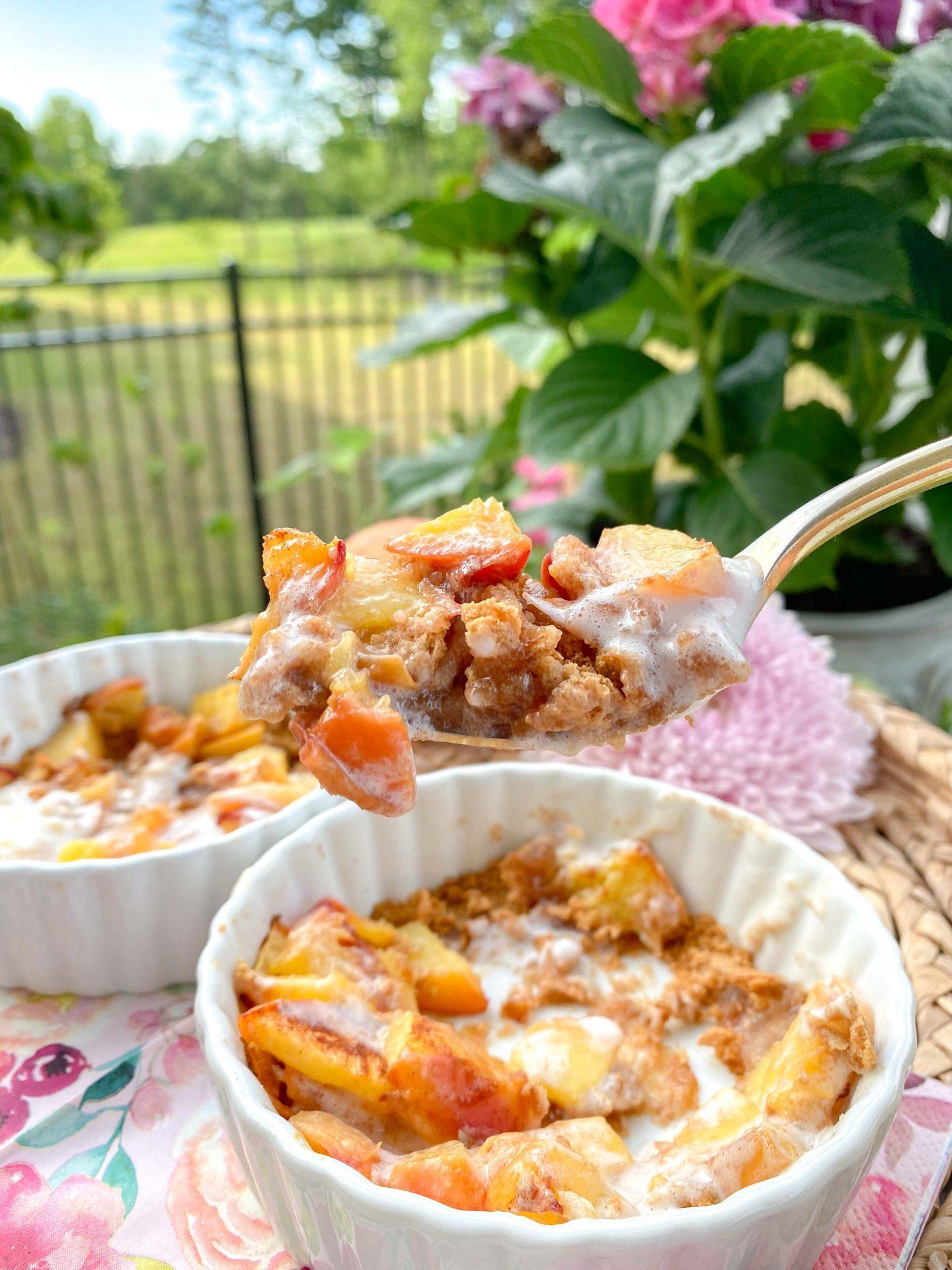 tiktok, peach pie, low calorie dessert, peaches, mini peach pies